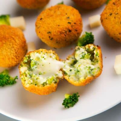 Жареный сыр с брокколи