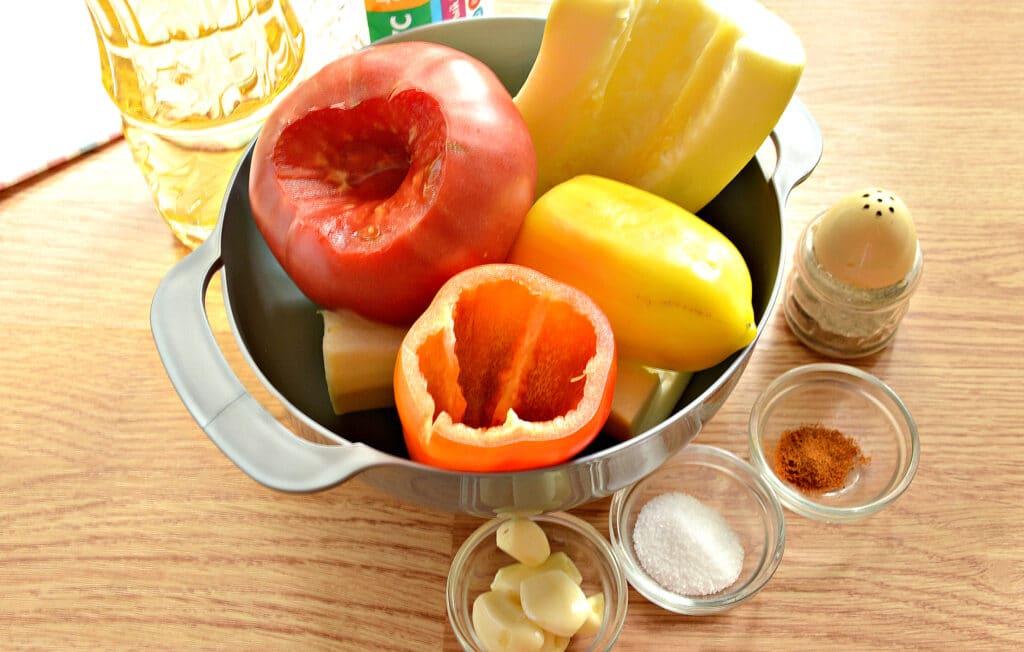 Фото рецепта - Кабачковая аджика с помидорами и перцем - шаг 1