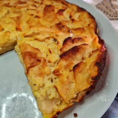 Влажный яблочный пирог - рецепт с фото