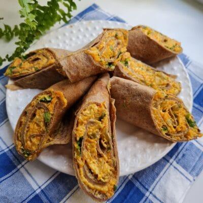 Печёночные блинчики с овощной начинкой - рецепт с фото