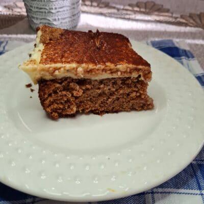 Шоколадный «мокрый» кекс с заварным кремом - рецепт с фото