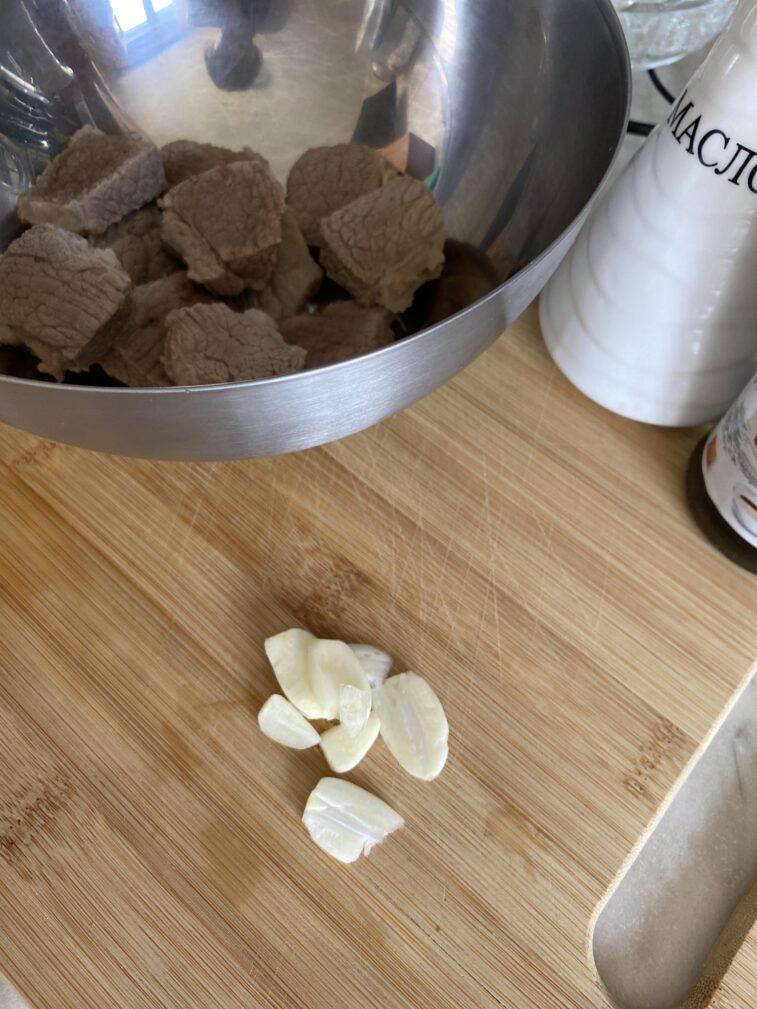 Фото рецепта - Медальоны из говядины в прованских травах - шаг 4