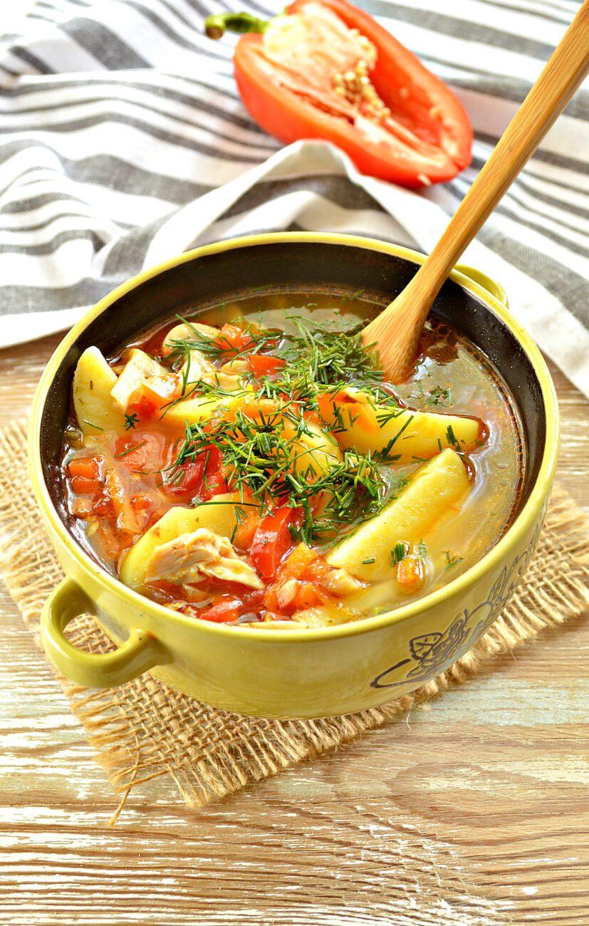 Картофельный суп с курицей и грибами