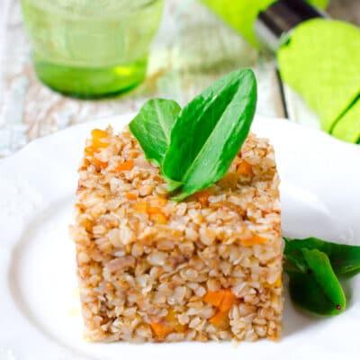 Гречка, тушёная с луком и морковью - рецепт с фото