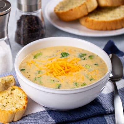 Густой сырный суп с брокколи