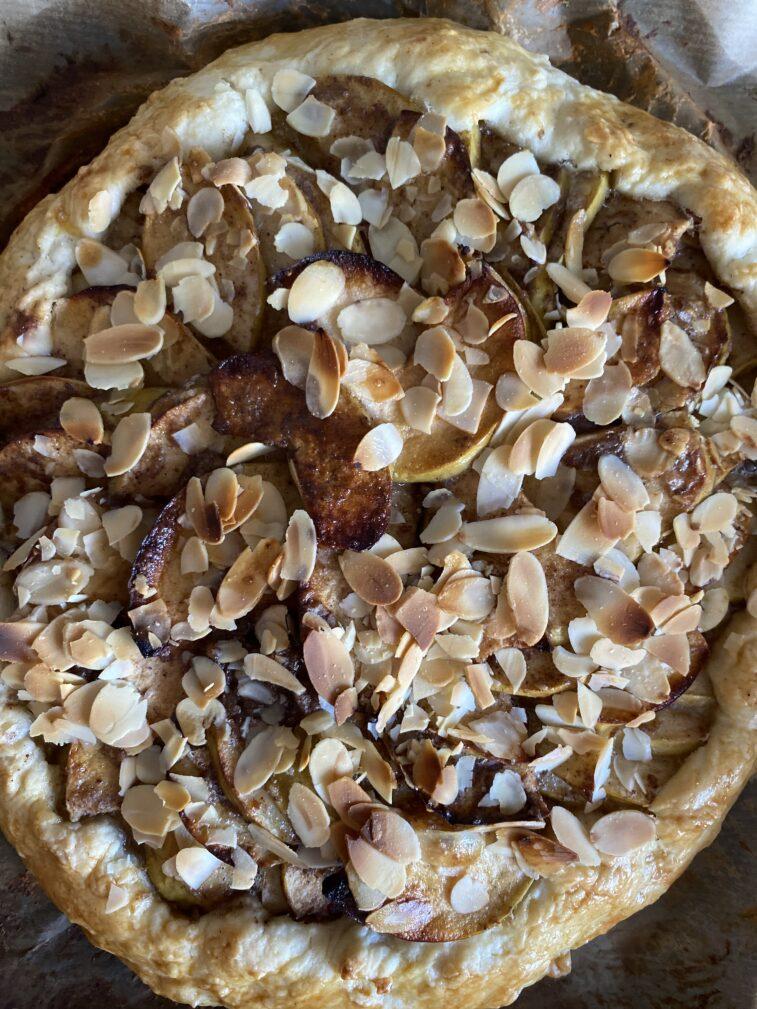 Фото рецепта - Галета с яблоками - шаг 18