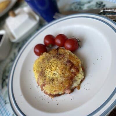 Картофельные гнёзда с яйцами - рецепт с фото