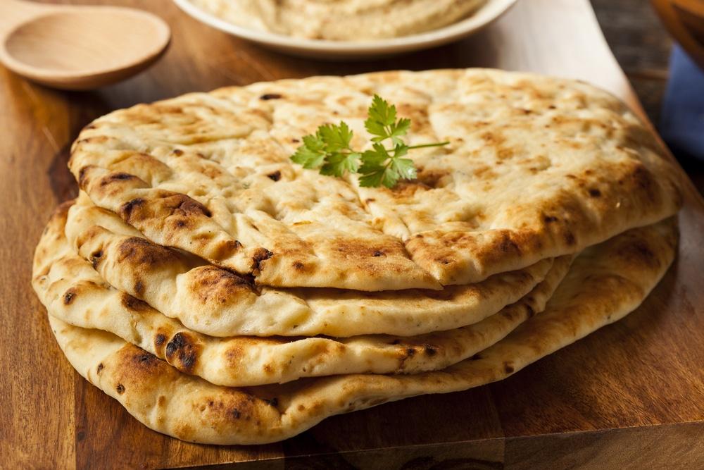 Фото рецепта - Индийские лепешки на сковороде (чапати) - шаг 7