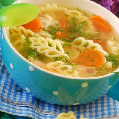 Куриный суп с макаронами - рецепт с фото