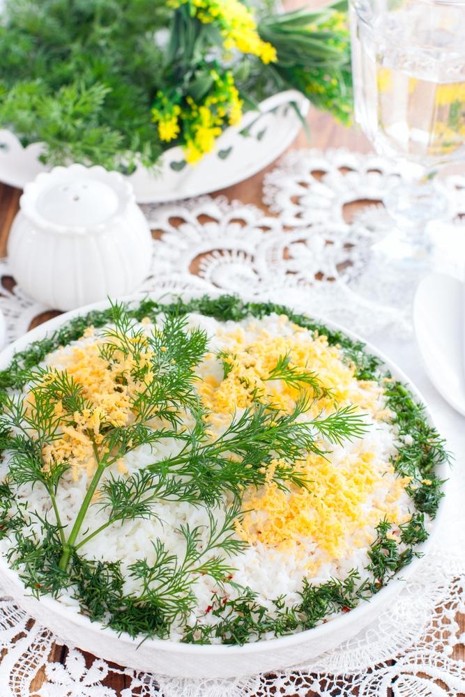 Салат мимоза из консервы
