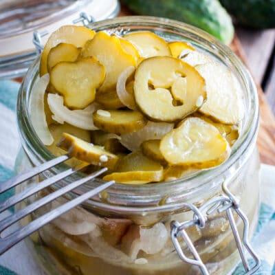 Салат на зиму из огурцов и лука - рецепт с фото