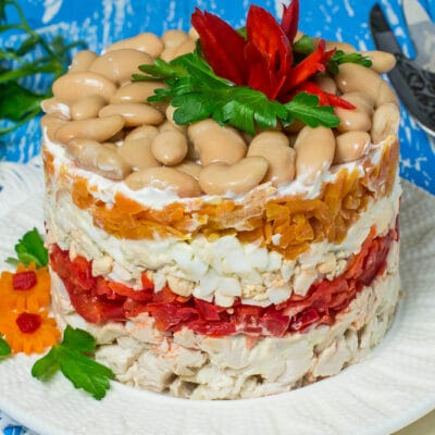 sloenyj-salat-s-fasolju