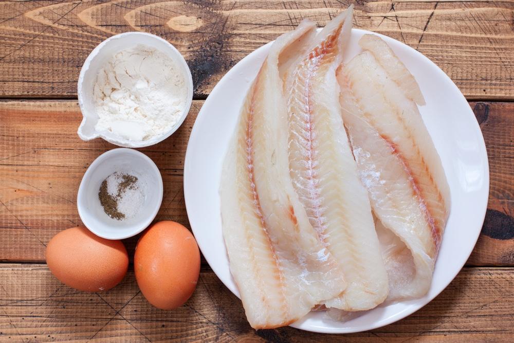Фото рецепта - Жареная рыба в кляре - шаг 1