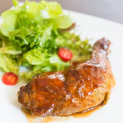 Куриные окорочка в томатном соусе