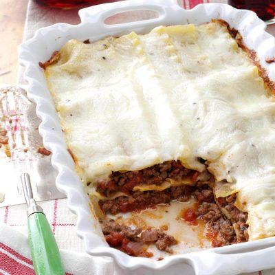Домашняя лазанья с фаршем под соусом бешамель - рецепт с фото