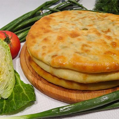 Как испечь осетинский пирог с капустой и сыром? - рецепт с фото