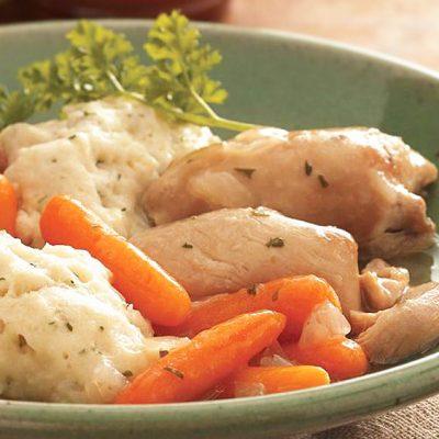 Овощное жаркое с клёцками и индейкой - рецепт с фото