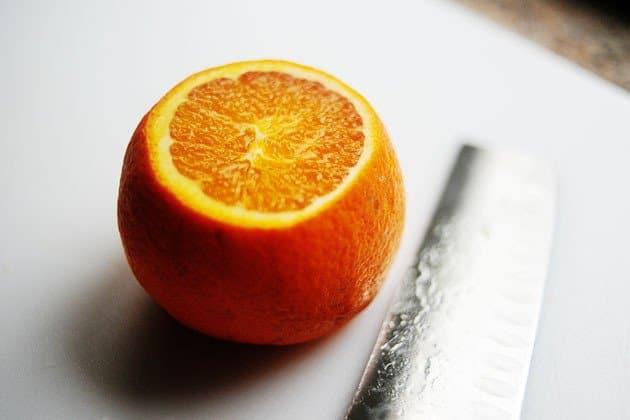 Фото рецепта - Индейка, запеченная в духовке с апельсинами - шаг 1
