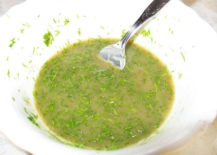 Фото рецепта - Кисло-сладкий зеленый соус для рыбы - шаг 4