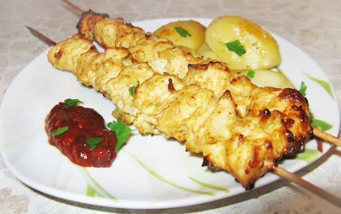 Шашлык из курицы в духовке - рецепт с фото
