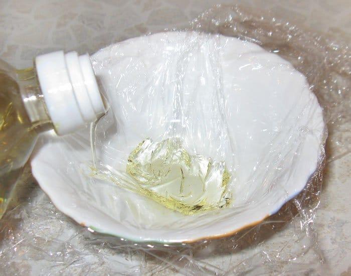Фото рецепта - Яйца пашот на хлебе - шаг 1