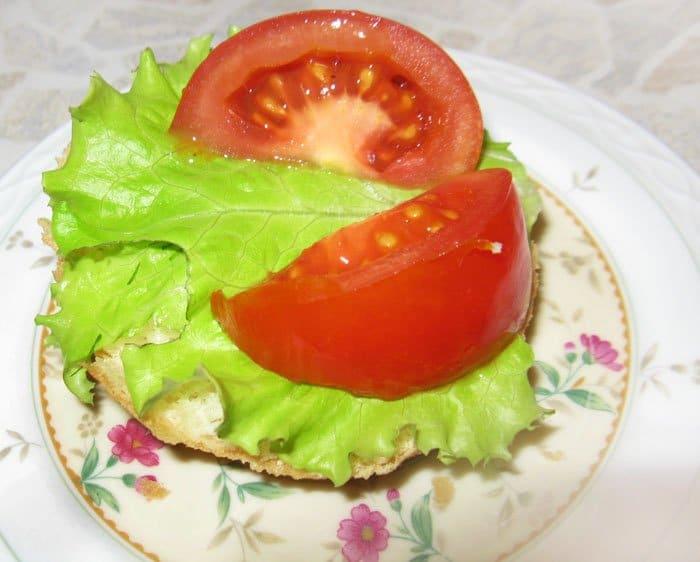 Фото рецепта - Яйца пашот на хлебе - шаг 6