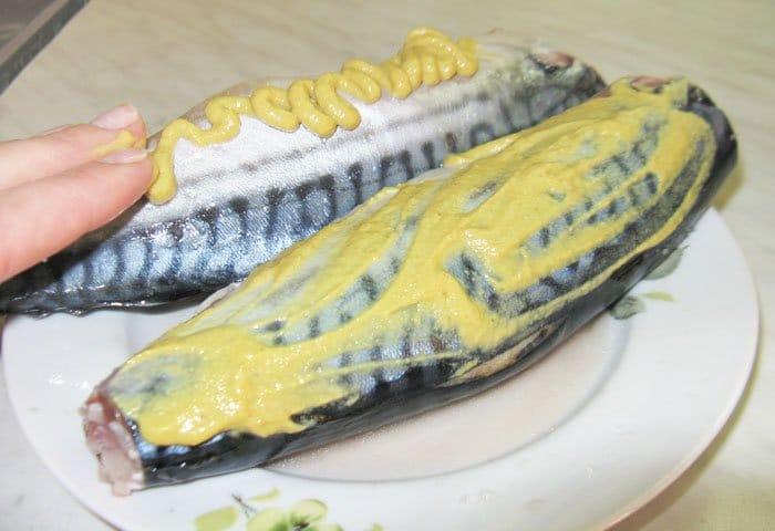 Фото рецепта - Шашлык из скумбрии в фольге - шаг 1