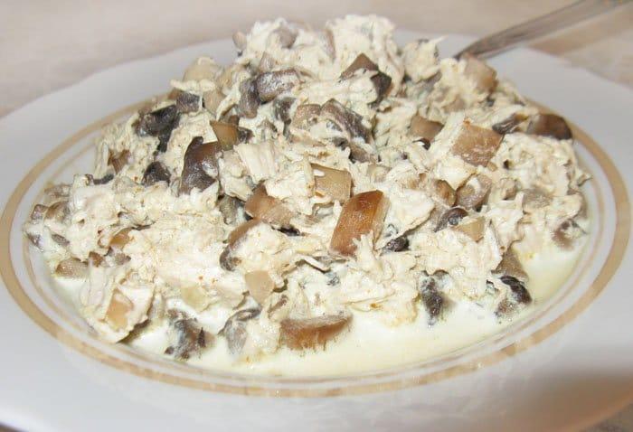 Фото рецепта - Конкильони с грибами и курицей - шаг 4