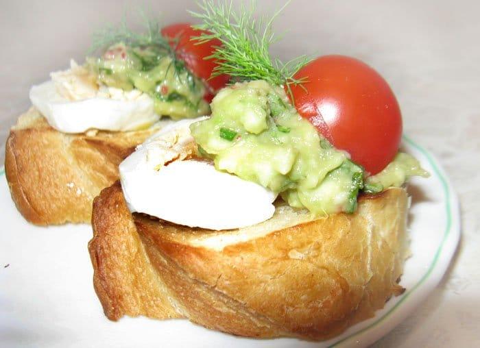 Брускеты с гуакамоле - рецепт с фото