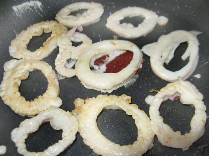 Фото рецепта - Кольца кальмаров в кляре - шаг 3