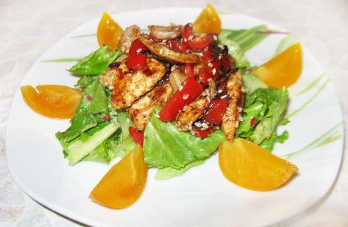 Мексиканский салат с гуакамоле - рецепт с фото