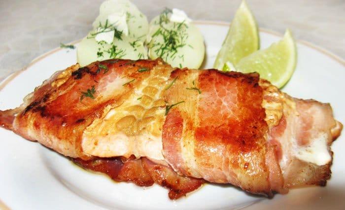 Жареная рыба в беконе - рецепт с фото
