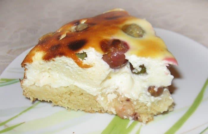 Пирог из творога с крыжовником