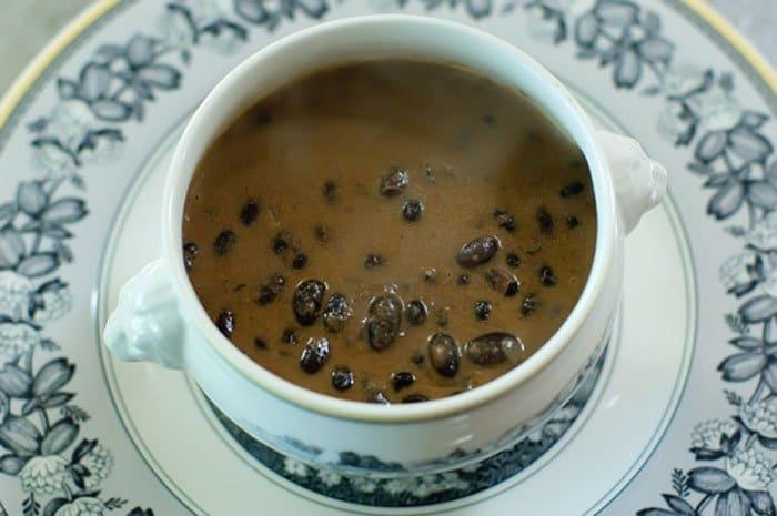 Сырный суп с красной фасолью - рецепт с фото