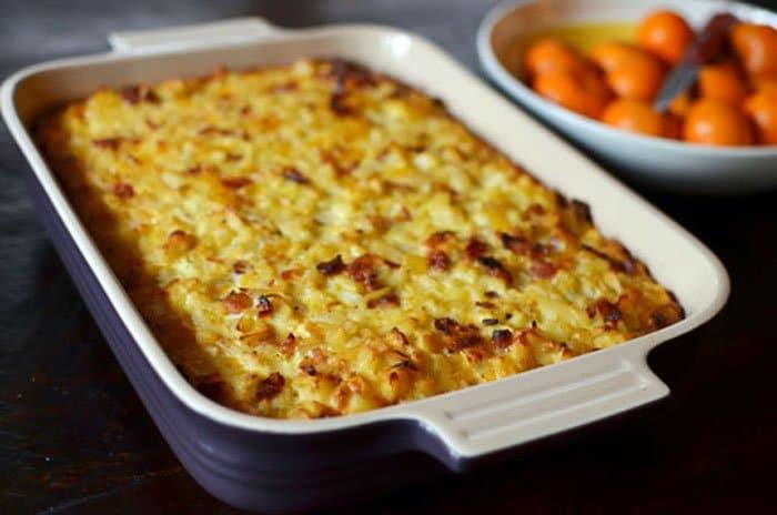 Фото рецепта - Картофельная запеканка с яйцами и беконом - шаг 1