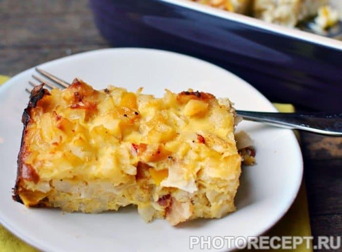 Картофельная запеканка с яйцами и беконом - рецепт с фото