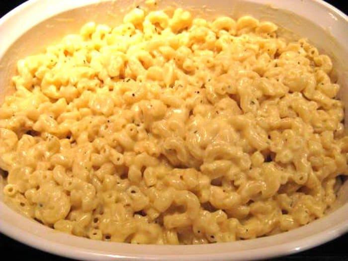 Фото рецепта - Макароны в сырном соусе - шаг 3