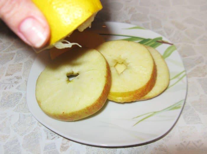 Фото рецепта - Перепела с запеченными яблоками - шаг 3