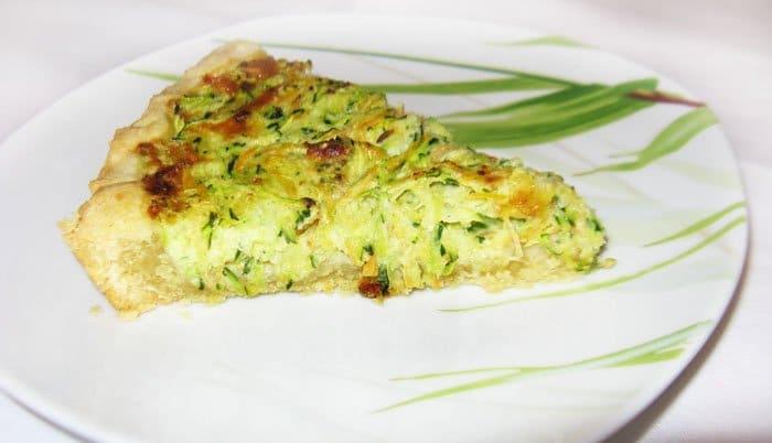 Песочный пирог с начинкой из кабачков - рецепт с фото