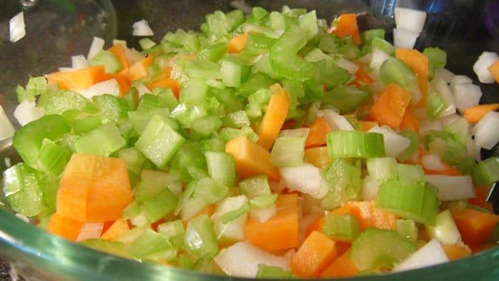 Фото рецепта - Спагетти с говядиной и овощами - шаг 1