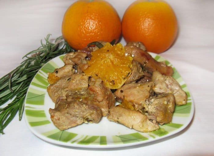 Тушеная свинина с апельсинами - рецепт с фото