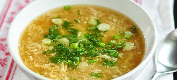 Яичный суп с зеленью