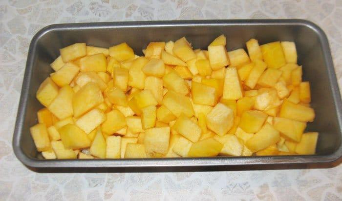 Фото рецепта - Запеканка с тыквой и фаршем «Оранжевая осень» - шаг 4