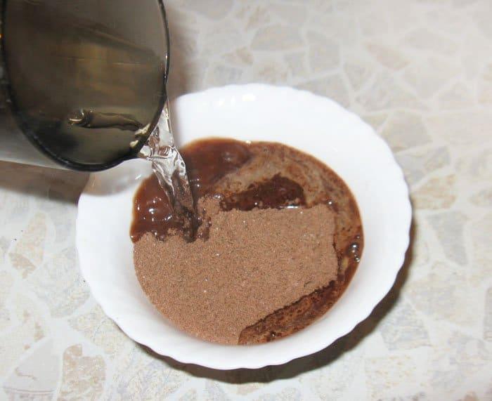 Фото рецепта - Шоколадные капкейки с шоколадным кремом - шаг 2