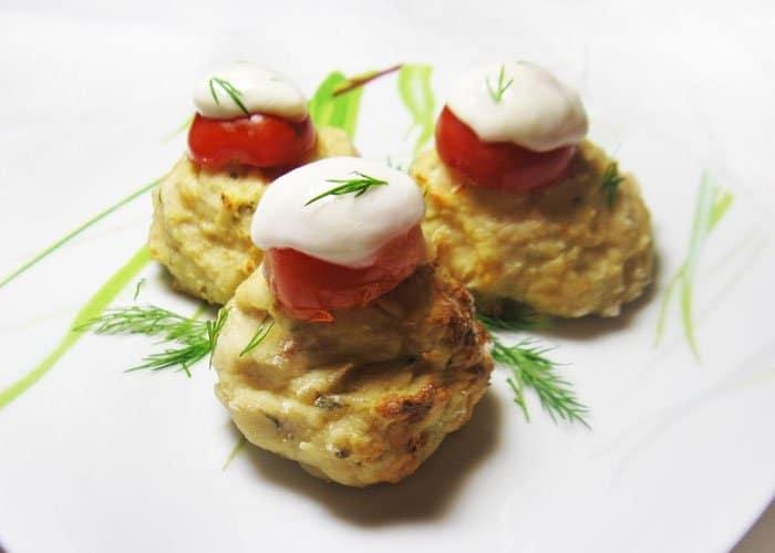 Фото рецепта - Мясные шарики с моцареллой - шаг 7