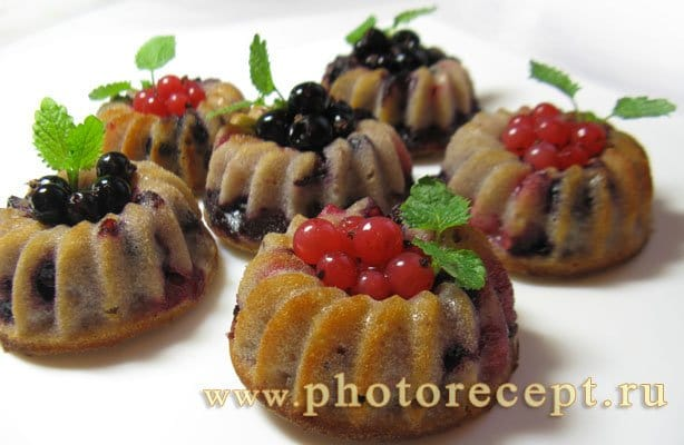 Маффины с ягодами - рецепт с фото