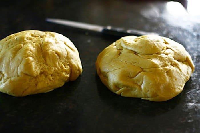 Фото рецепта - Сладкий дрожжевой хлеб на молоке - шаг 3