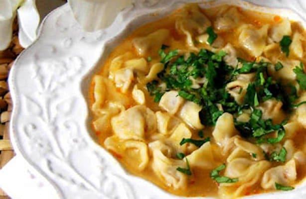 Суп с пельменями по-турецки