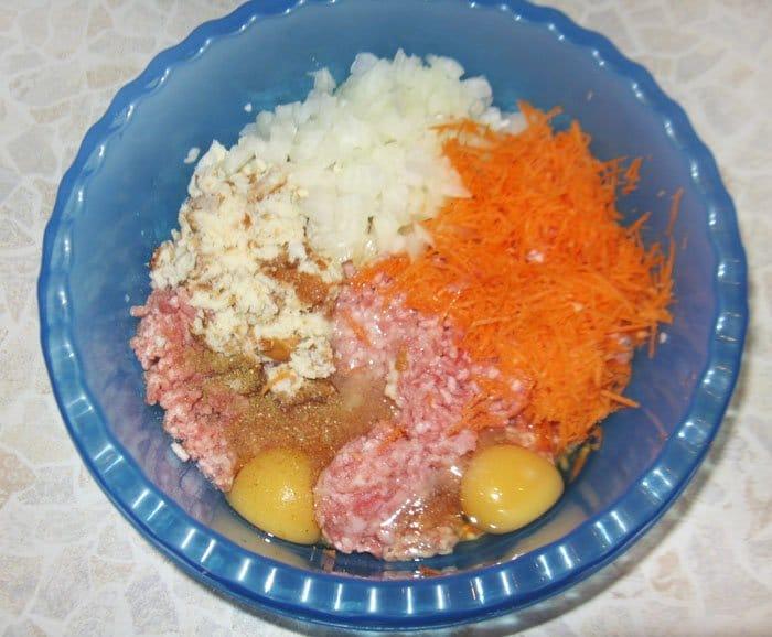 Фото рецепта - Гнезда из фарша с грибами и сыром - шаг 3
