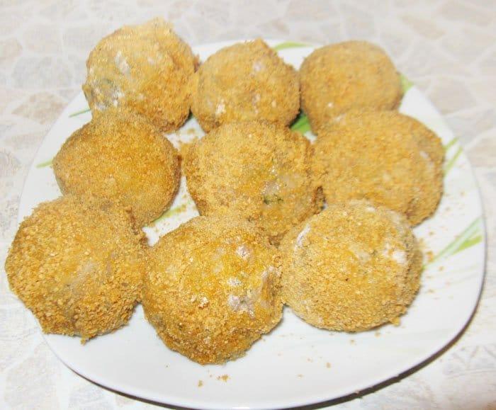 Фото рецепта - Перепелиные яйца по-шотландски - шаг 6